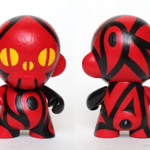 Spade-Skull Micro Munny – Red : Reactor-88 Store