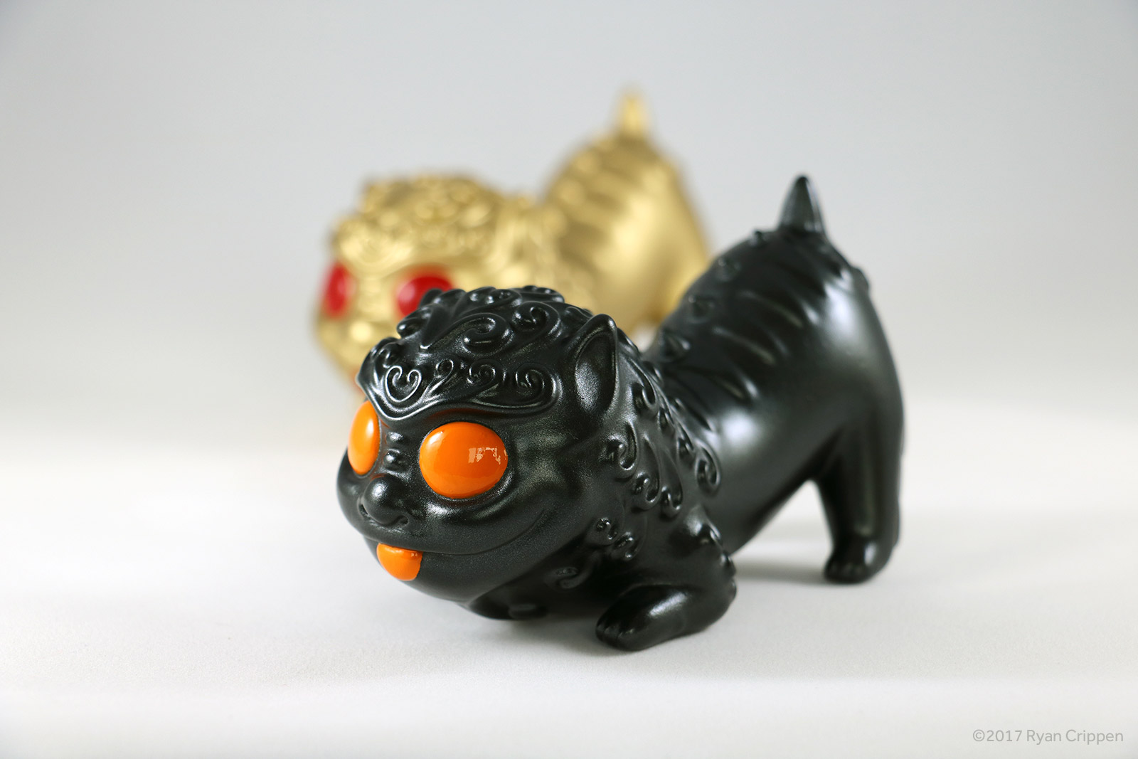Foo Pup – Metallic Black Edition